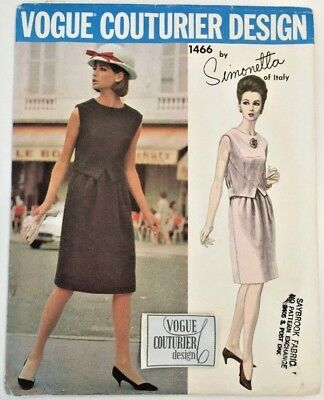 1960s Vogue Couturier Design SIMONETTA Dress Sewing Pattern 1466 with Label