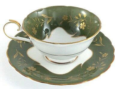 Vintage Susie Cooper Bone China Footed Tea Cup Saucer Green Gold England J476