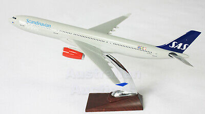 SCANDINAVIAN AIR A330 40cm   PLANE MODEL AIRPLANE  SOLID RESIN