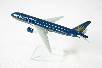 ✈️ 14cm VIETNAM AIRLINES 747 Airplane Aeroplane Diecast Metal Plane Model