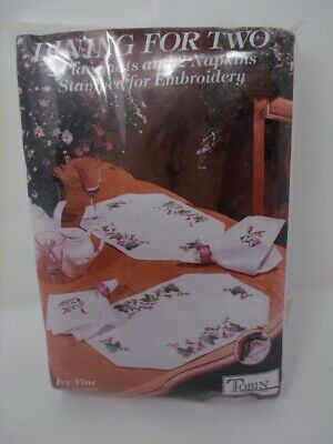 Tobin Stamped Embroidery IVY VINE Placemats & Napkins Set Dining for Two