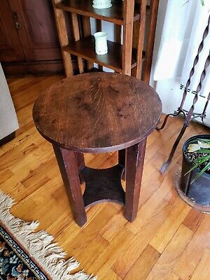 Antique mission arts & crafts oak plant stand or end table