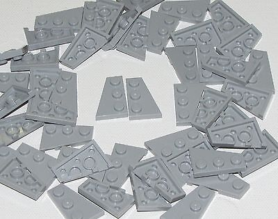 Lego 50 New White Wedges Plates 3 x 2 Parts 25 Left and 25 Right Pieces