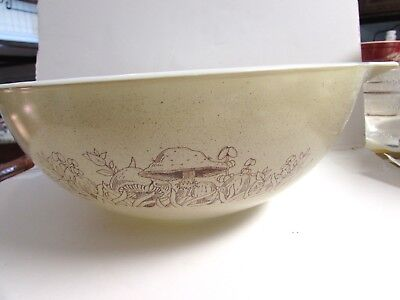 Pyrex Forest Fancy • Nesting Bowl Cinderella Handles • #444 4Qt Mushrooms