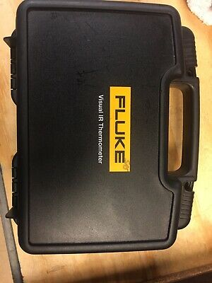 Used twice Fluke VT02 Visual IR Thermometer with hard carry case.