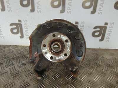 Seat Ibiza Toca 2015 Drivers Side Front Hub