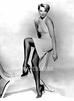 American Actress Angie Dickinson Vintage Sexy Legs Black Heels Publicity Photo