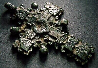 ANCIENT BRONZE CROSS RARE. RELIGIOUS ARTIFACT 17 - 18 CENTURY. 54 mm. (F.127)