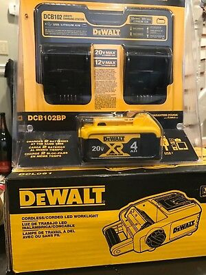 3 PIECES - DEWALT LED Area Work Light, Charging Station and Battery