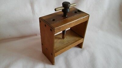 Vintage Rare Art Deco Small Wooden Screw Press In Good Well Used Vintage Cond.