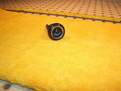 Mercedes Early R107 SL/SLC dash  AC temperature blue OEM 1 knob with 1 OEM Nut