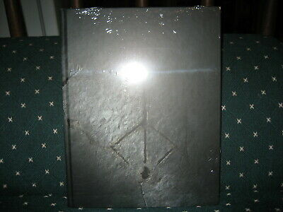 Bloodborne collectors edition strategy guide Future Press NEW & SEALED dents