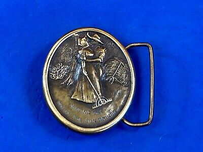 Vintage 1976 couple kissing raking round oval belt buckle Indiana metal craft