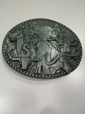 Zee Series Vintage Belt Buckle Silver Gray Metal Longhorns Cattle Run Cowboys