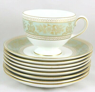 Mint 2 Sets Cup & Saucer Wedgwood China Columbia Sage Green R4409 Gold Griffins