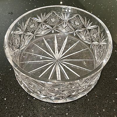 GLASS 1970s VINTAGE LARGE HEAVY FRUIT BOWL - CUT GLASS STAR & FLOWER PATTERN