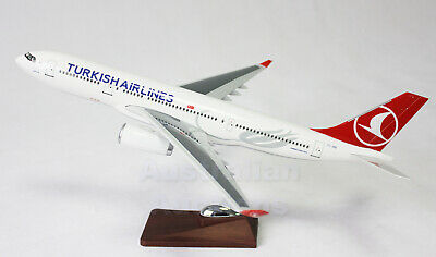 TURKISH AIRLINES A330 LARGE PLANE MODEL AIRPLANE APX 47cm SOLID RESIN SPAIN