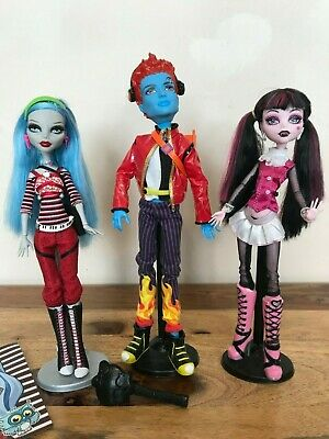 Monster High Dolls - Wave 1 - Draculaura, Holt and Ghoulia