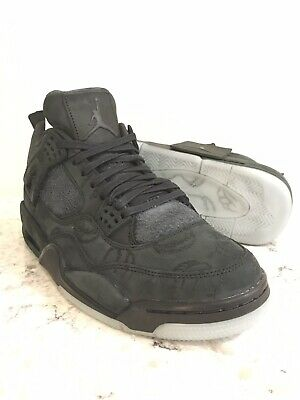 the best attitude ce213 da719 Air Jordan 4 Retro KAWS Black   Clear-Glow