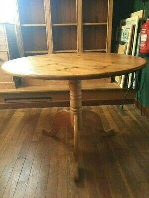 Round Solid Pine Pedestal Table