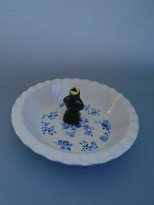 Laura Ashley White & Blue Ceramic Deep  Pie Dish & Vintage Blackbird Pie Funnel