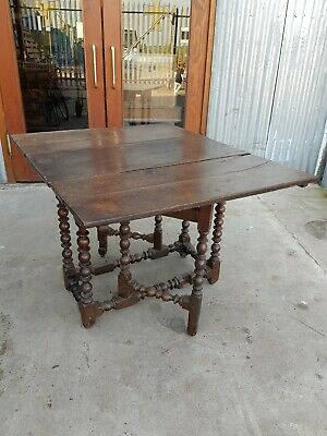 18th Century Georgian Oak Gateleg Table