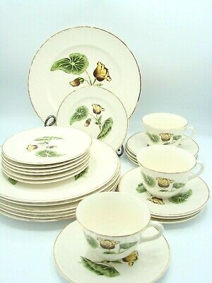 THEMATIE BY CROOKSVILLE CHINA 34 Pieces La Grande Dated late 30s to mid 40s