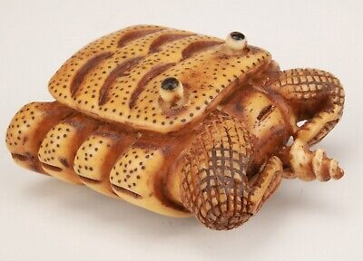 Precious Chinese Cattle Bone Hand-Carved Crab Statue Snuff Bottle Old Collection