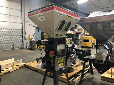 Maguire WSB221 900 lb per hour 2 Component Blender with Stand (#11030)