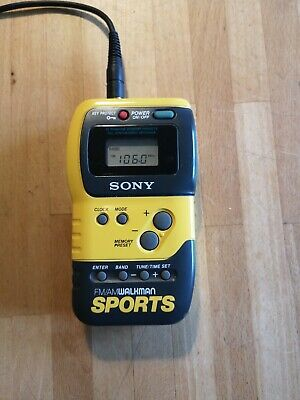 Sony Walkman Sports SRF-M70 FM AM Portable Radio Tested & Working.