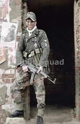 WW2 Picture Photo 1945 German Regiment during the Battle of Berlin 3239