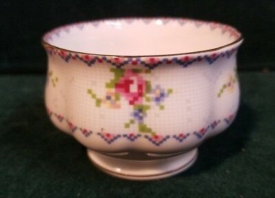 "Royal Albert PETIT POINT 2"" Open Sugar Bowl w/ Gold Trim M56"