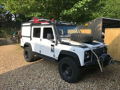 land rover 110 defender expedition 300 tdi off road overland px