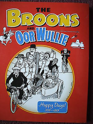 The Broons / Oor Wullie Annual Happy Days 1936 - 69 Comic Classics H Back Dj Vgc