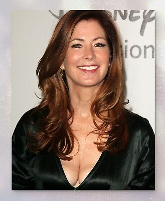 Dana Delany | Collectible Glossy Celebrity Photo (8x10) | 2