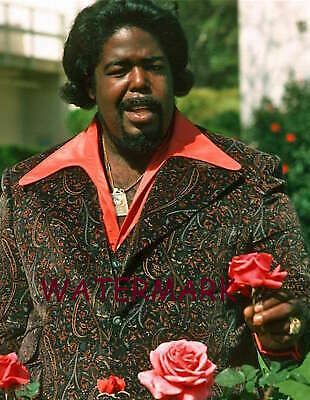 The very smooth recording artist Barry White, 1974 PUBLICITY PHOTO