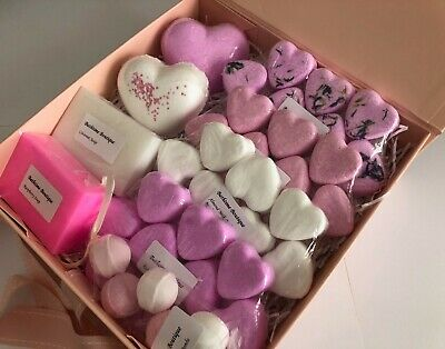 Pink & White Soap & Bath Bomb Large Gift Box - Birthday/Christmas Gifts