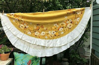 "Vintage Tablecloth Luther Travis Fall Floral Gold Yellow Orange 70"" round"