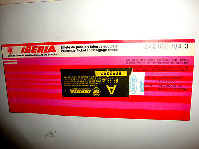 IBERIA AIRLINES PASSENGER TICKET AND BAGGAGE CHECK. ancien billet