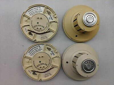 Edwards 6270B-003 Photoelectric Smoke Detector Head With 135 Degree Heat & Base