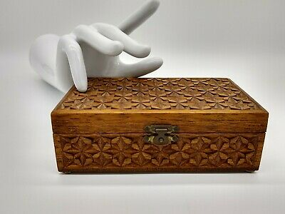 VINTAGE carved KEEPSAKE JEWELLERY TIMBER WOODEN Australian Made storage BOX
