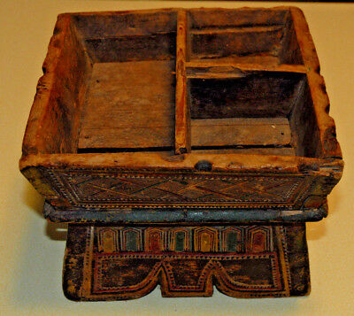 Betel Nut Server Box Hand Carved TRAY Wood Thailand Antique Circa 19th Century