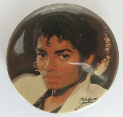 Vintage Michael Jackson Pin Pinback Button                      (Inv19926)