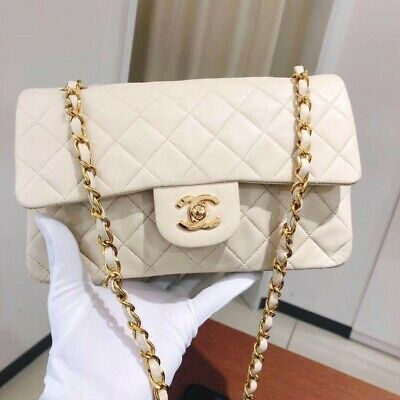 494d2499e4 Authentic CHANEL Vintage Classic Flap Bag Sheepskin Small White Glod Chain