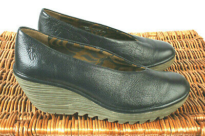 531a5caa07c72 Fly London Yaz Black Leather Womens Wedge Shoes Size UK 7 EU 40 RRP £79.99