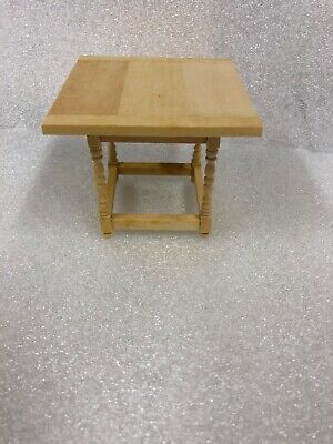 GW072 Dollhouse Miniature Unfinished End Table