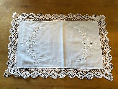 """BRAND NEW RECTANGULAR WHITE 16.25"""" x 10.5"""" 100% COTTON TRADITIONAL PLACEMAT"""