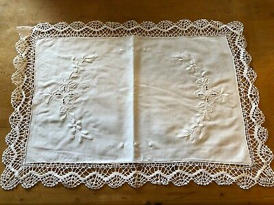 "BRAND NEW RECTANGULAR WHITE 18.25"" x 12.75"" 100% COTTON TRADITIONAL PLACEMAT"