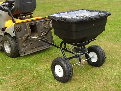 Towed Broadcast spreader 60l  NEW