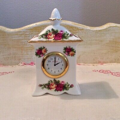 Royal Albert Old Country Roses Carriage Clock 1962
